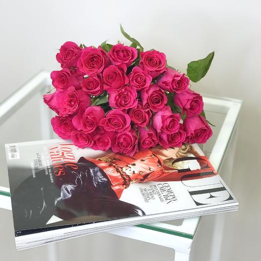 Букет из малиновых розочек: букеты цветов на заказ Flowwow