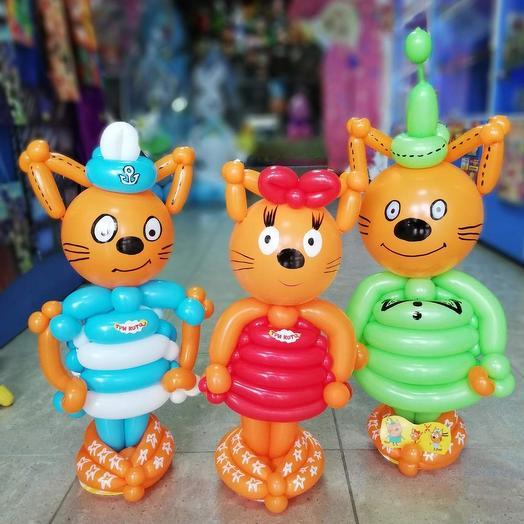"""Котик из воздушных шаров, герой мультфильма """"Три Кота"""": букеты цветов на заказ Flowwow"""