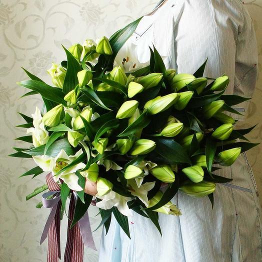 Букет лилий Белый