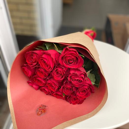 15 красных роз ️