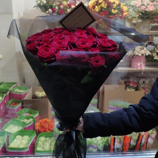 Траурный букет из живых роз