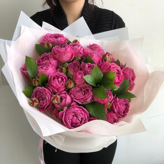 Lady Flowers - 9 пионовидных роз с зеленью