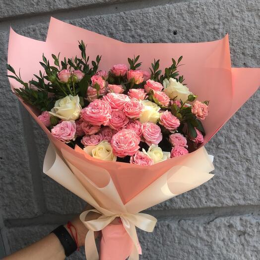 Букетик из Микса роз