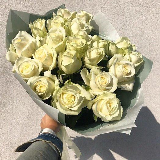 19 белых роз: букеты цветов на заказ Flowwow