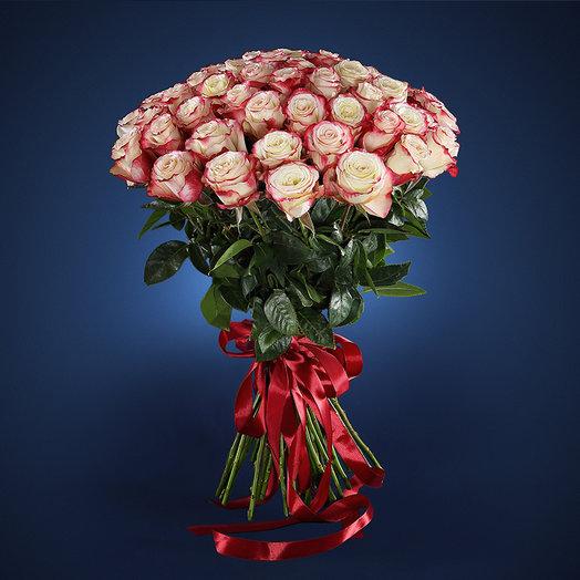 Любимой женщине: букеты цветов на заказ Flowwow