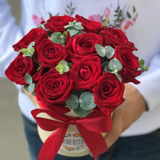 Коробки с цветами. Розы.  11 роз . N206: букеты цветов на заказ Flowwow