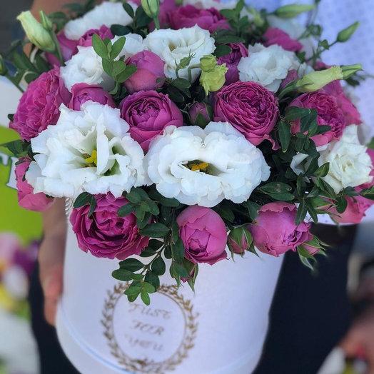 """Коробка из роз и эустом """"Цветочный рай"""""""