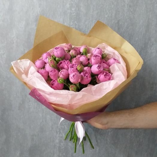 Букет из кустовой пионовидной розы: букеты цветов на заказ Flowwow