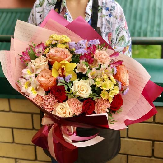 Фейерверк эмоций: букеты цветов на заказ Flowwow