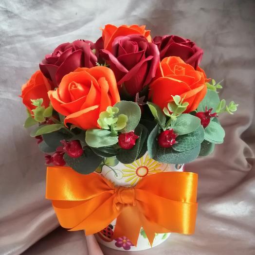 Кашпо из мыльных роз: букеты цветов на заказ Flowwow