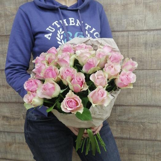 Розово-зеленая роза для любимой: букеты цветов на заказ Flowwow