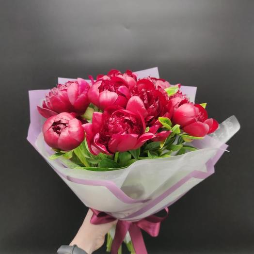 Красные пионы: букеты цветов на заказ Flowwow