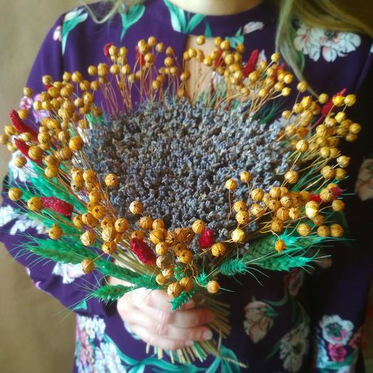 Букет лаванды со злаками разноцветный