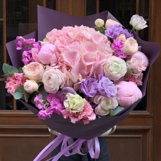 """Букет с гортензией и розами """"Матье"""""""