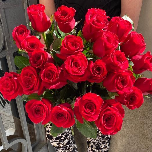 25 red roses 70cm
