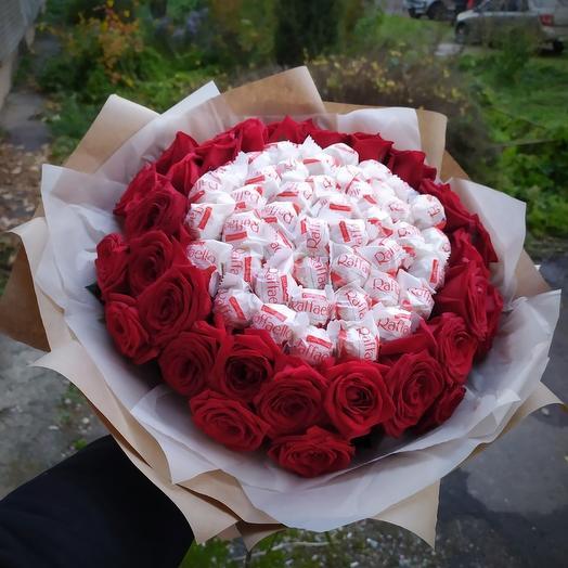 Роза с рафаэллой