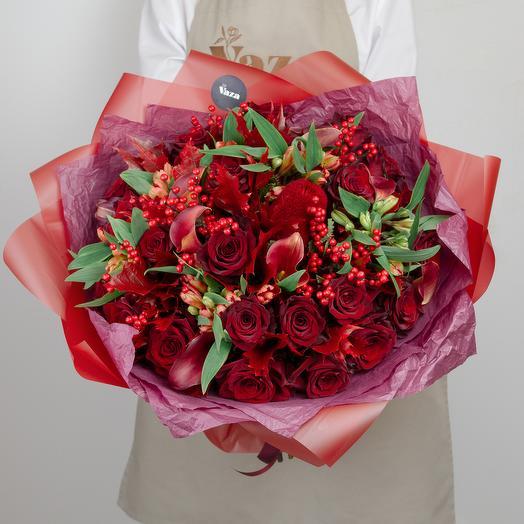 Огромный букет с эквадорской розой