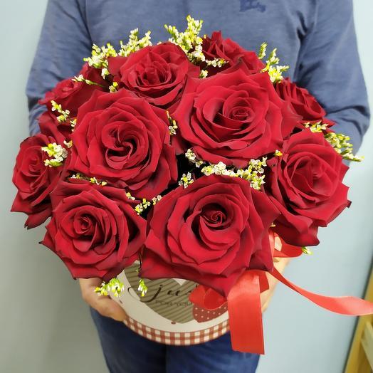 Шляпная коробка с Эквадорскими розами