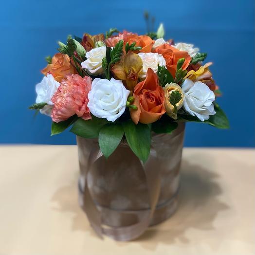 Цветы в шляпной коробки