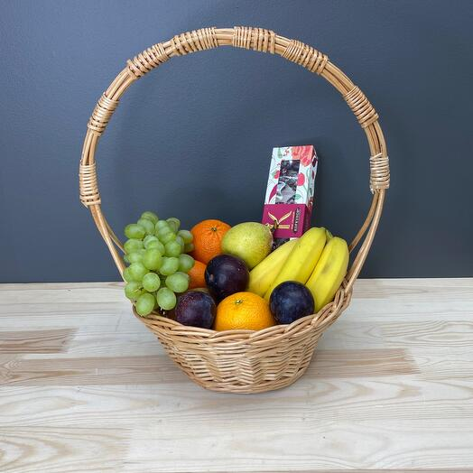 Fruit basket and candy