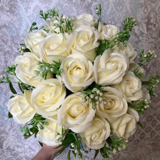 27 мыльных роз