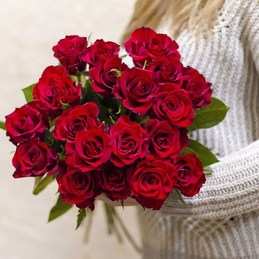 Букет из 19 красных роз 50 см: букеты цветов на заказ Flowwow