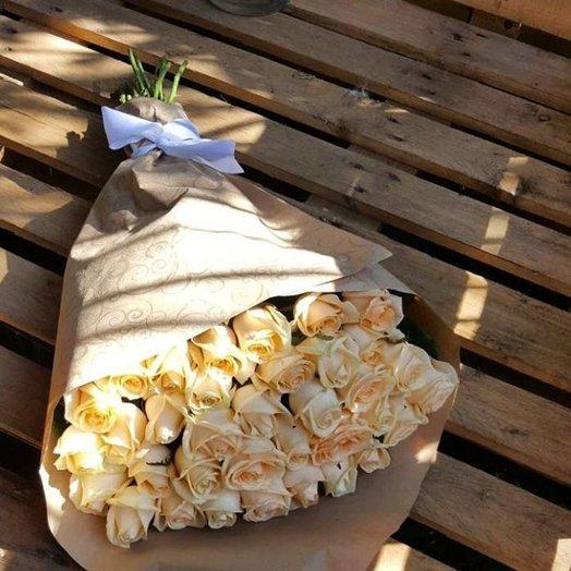 Букет из кремовых роз: букеты цветов на заказ Flowwow