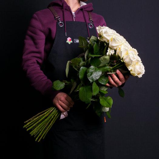 25 белых роз 70 см., Россия: букеты цветов на заказ Flowwow