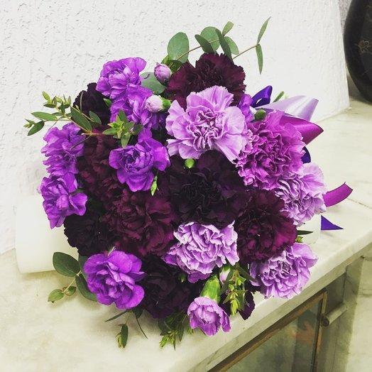 Букет в ультрафиолете: букеты цветов на заказ Flowwow