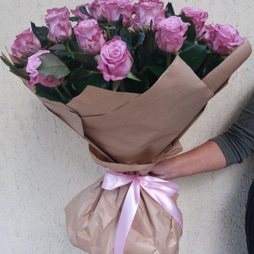 Букет из фиолетовых роз