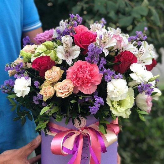 Коробка с цветами микс: букеты цветов на заказ Flowwow