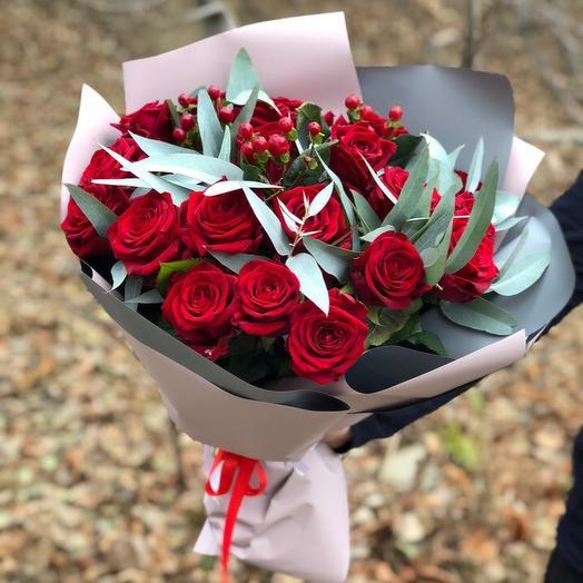 """Букет красных роз """"Бесконечная любовь"""""""