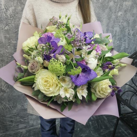 """Шикарный букет из орхидеи Ванды, сирени, клематиса и др """"Интуиция"""": букеты цветов на заказ Flowwow"""