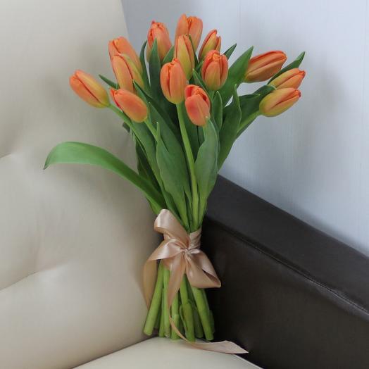 15 оранжевых тюльпанов: букеты цветов на заказ Flowwow