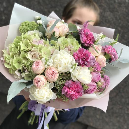 Красивый и нежный букет: букеты цветов на заказ Flowwow