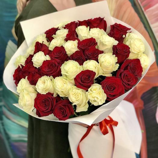 Букет «51 роза с крупным бутоном»: букеты цветов на заказ Flowwow