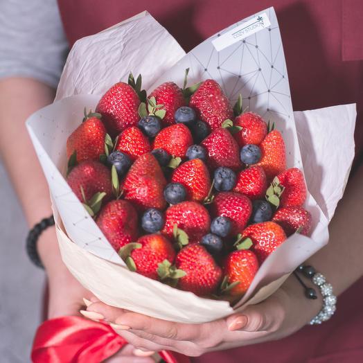 Клубника 10: букеты цветов на заказ Flowwow