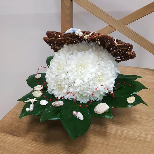 Жемчужина из живых цветов