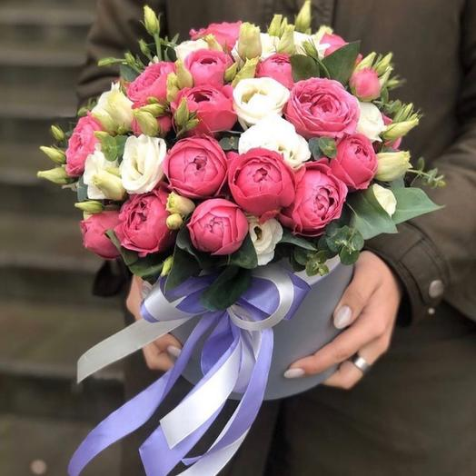 """Hatbox with peony roses and eustoma """" Felicia»"""