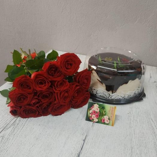 Розы и тортик