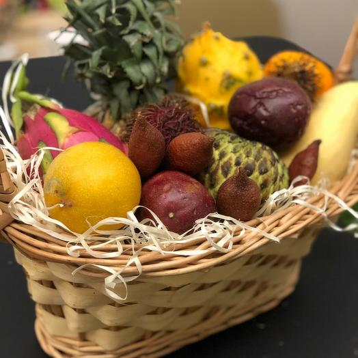 Корзина экзотических фруктов Fruit Basket