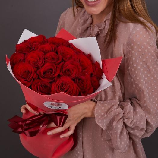21 красная роза (стеклянная ваза в подарок)