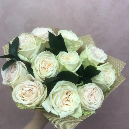 Букет с пионовидными розами
