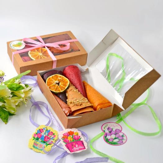 Подарочный набор с ассорти фруктово-ягодной пастилы ручной работы