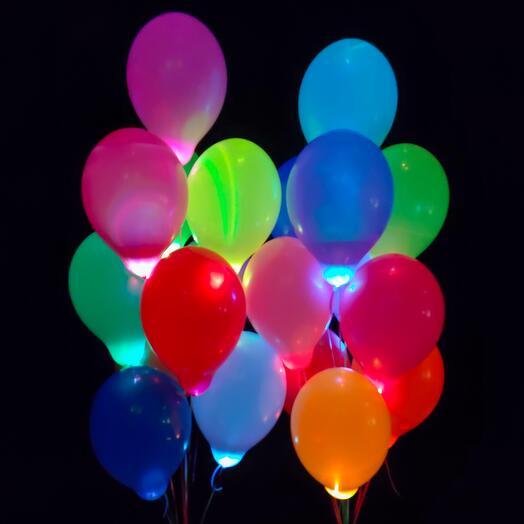 Разноцветные шары с белыми светодиодами 25 шт