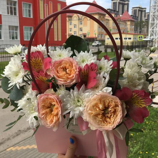 Цветы в сумке 🌺