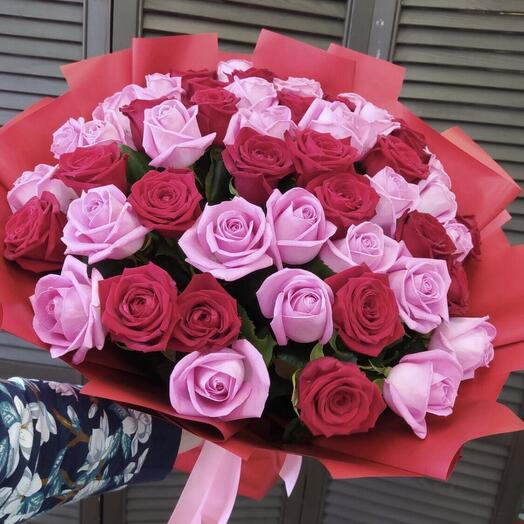 51 роза в оформлении