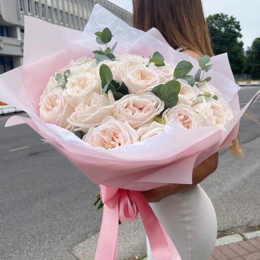 Пионовидные розы 25 шт
