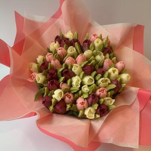 Delicious bouquet of cupcakes tulips 7 pcs