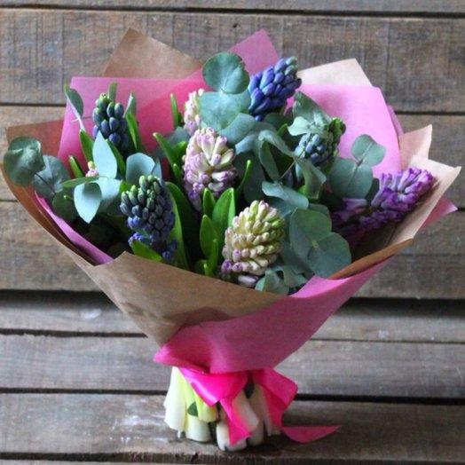 Нежный гиацинт: букеты цветов на заказ Flowwow